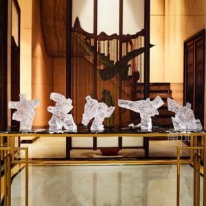 太极人新中式摆件玻璃钢透明雕塑树脂